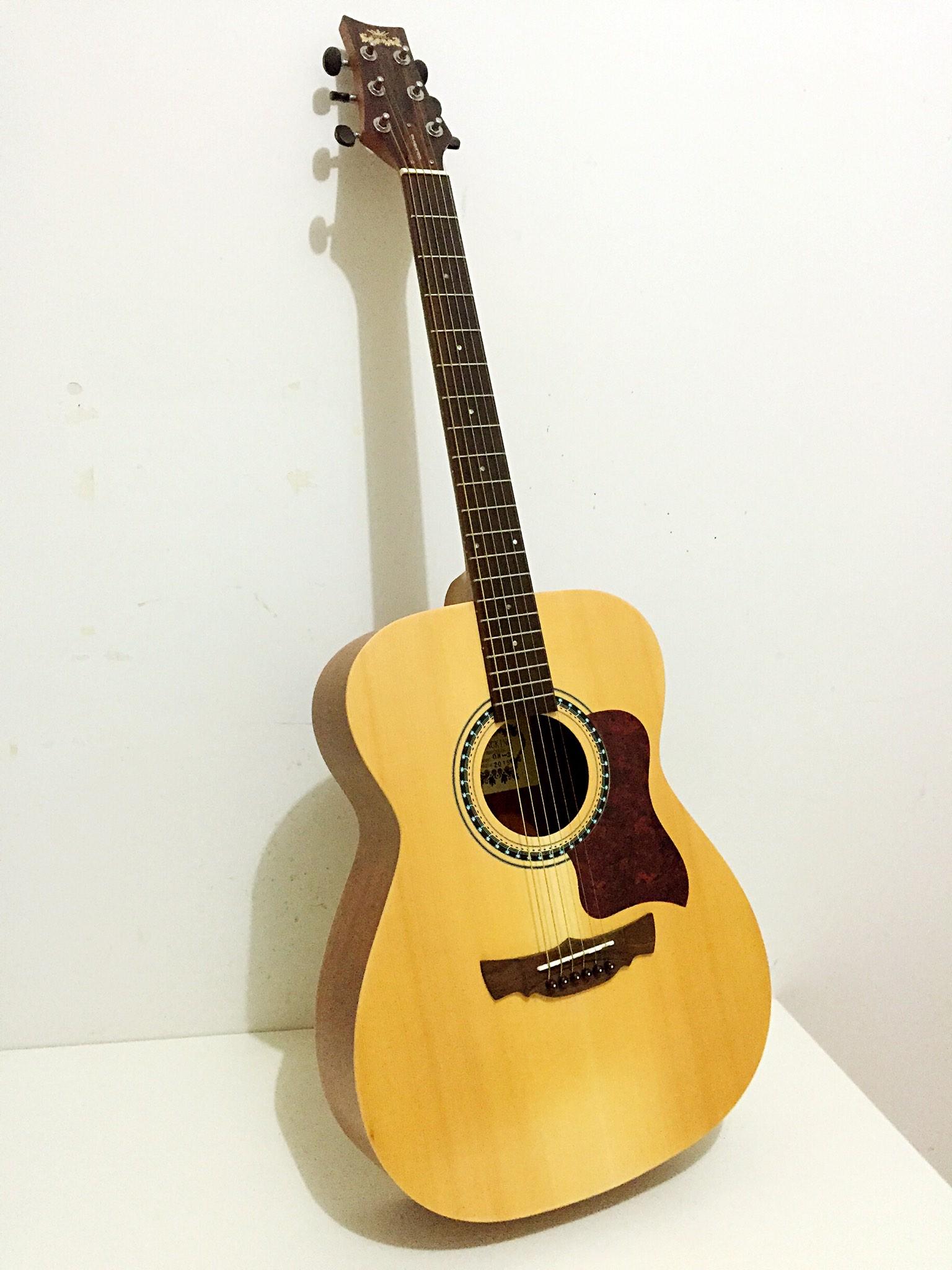 吉他纸箱子手工制作