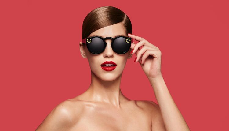 人们愿意排五个小时队购买的智能墨镜Spectacle