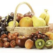 【谣言粉碎机】打蜡上色泡药水,处理水果你敢吃吗?