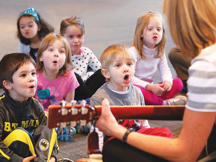 http://www.musicalmoments.org/wp-content/uploads/2015/04/musical-moments-preschool-kids-singing.jpg